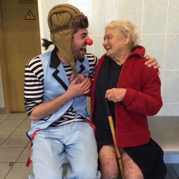 Guillaume Vermette Clown Humanitaire Russie centre pour personnes en situation itinérance